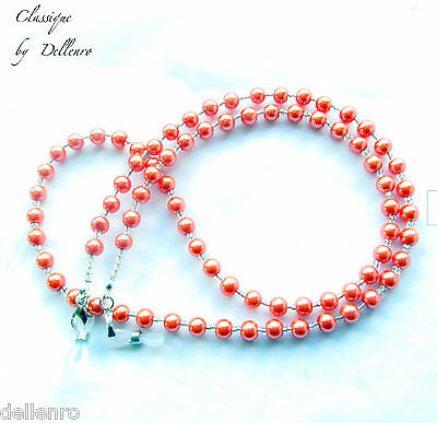 Classique. Beaded Peach  Glass Pearl Eyeglass Necklace  Spectacles Chain Holder