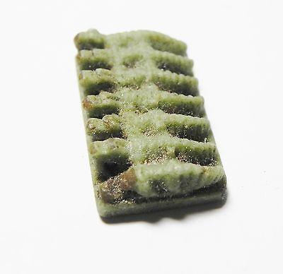 Zurqieh - Af29- Faience Amulet With 7 Crocadiles, 1075 - 600 B.c 2 • CAD $945.00