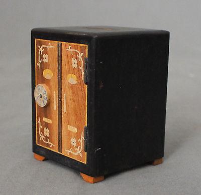 Early 20th Century Chinese Novelty Money Box 3