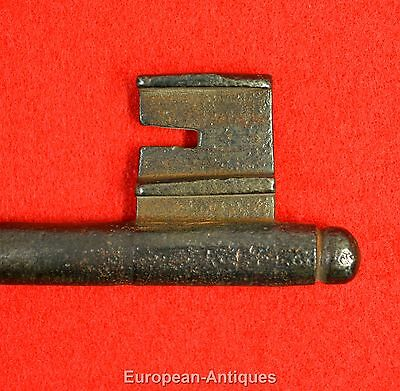 "Antique KEY 17th-19thC English or French 5.5"" Castle Door Church Jail House Lock 5"