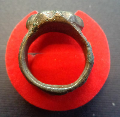 EXTREMELY UNIQUE!!! Bronze Ring with Alien/UFO 3