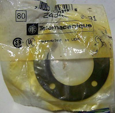 """Electro Matic Telemecanique Emsl31Vzwxx3-25 Nos Stack Light Rd Gr Or 24V 31"""" Tub"""