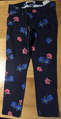 HOLLISTER W27 Capri Navy Floral Jeans 3