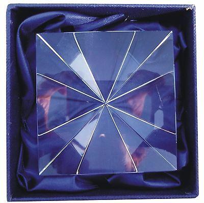 PYRAMIDE en CRISTAL 7x7 cm Méditation Energie Bien être