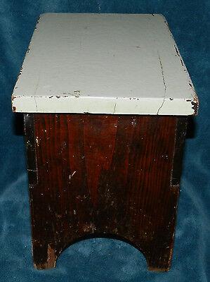 Fabulous Antique/Vintage Distressed Primitive Wood Stool!! Seafoam Green 6