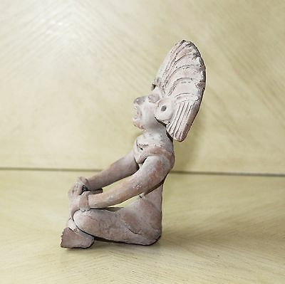 Vintage Art Pottery Pre-Columbian Male Sitting Figurine Statue Clay Old 8
