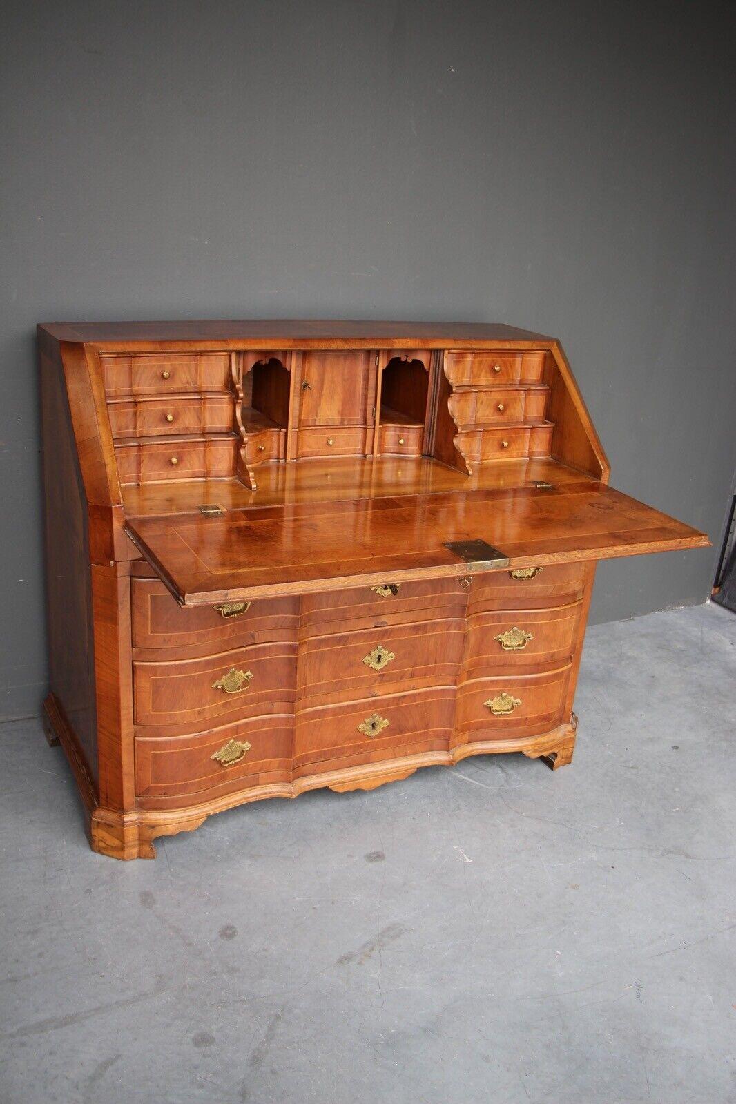 Rare antique 18th century European baroque walnut inlaid secretaire bureau desk 3