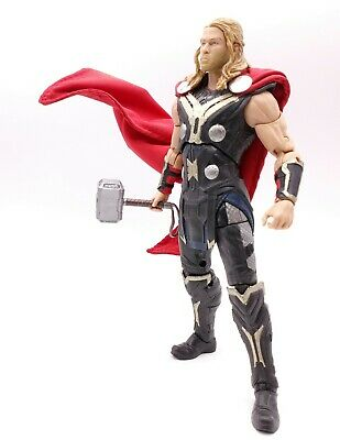 Red Cape for Hasbro Mezco Avengers 3 Thor No Figure