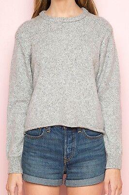 BRANDY MELVILLE SUPER soft gray crewneck knit Corrine