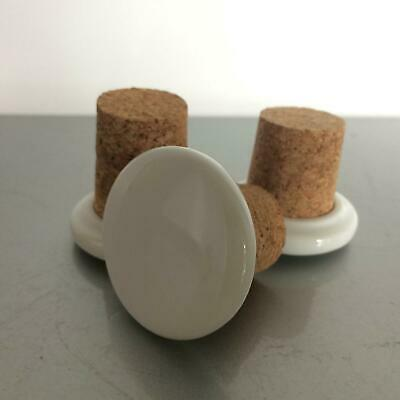 (a49 m96) Stopfel Set Porzellan mit Kork Verschluss Flasche Flaschen 4