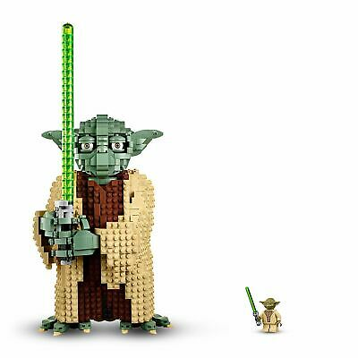 LEGO Star Wars 75255 Yoda Figure Attack of the Clones 3
