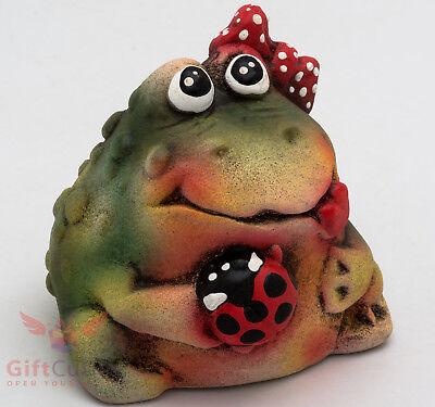 Clay Grog figurine Frog Toad with Ladybird beetle souvenir handmade hand-painted