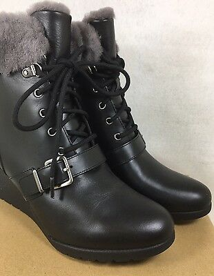 2da652aa67a UGG AUSTRALIA JANNEY Black LEATHER SHEARLING WEDGE ANKLE BOOTS WOMENS  1012527