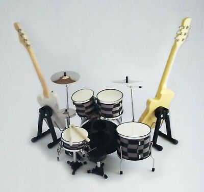 Miniature Guitar Bass Drum Set Green Day Billie Joe Mike Dirnt
