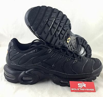 brand new a22c5 c9cae NEW NIKE AIR MAX PLUS TN Triple Black Shoes 604133-050 95 Tuned Air