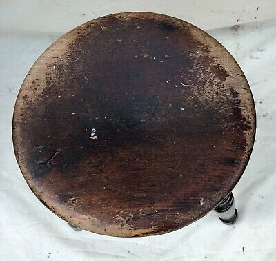 Antique Victorian Ash and Elm Farmhouse Kitchen Stool / Milking Stool : 3 Legs 7