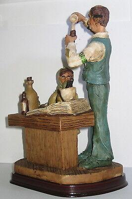 Der Apotheker, Deko Figur, Nostalgie Stil, aus Polyresin, abwaschbar, 21x13x10cm 4