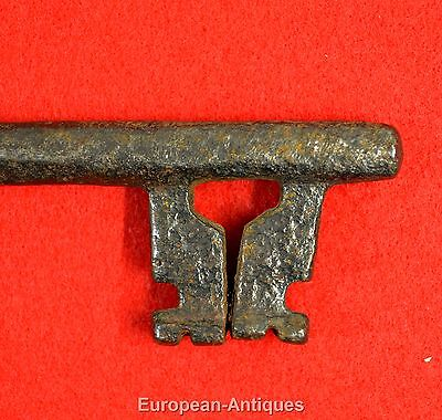 "Antique KEY 17th-19th C. English or French 6"" Castle Door Church Jail House Lock 4"