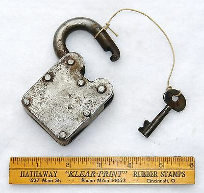 LEVERS REGD. #27 PRINCE FINE LOCK & KEY - Hob Nail - Authentic - Antique 5