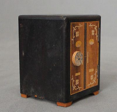 Early 20th Century Chinese Novelty Money Box 2