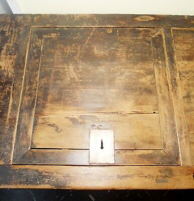 Antique Chinese Coffee Table/Treasure Trunk (2878), Circa 1800-1849 7