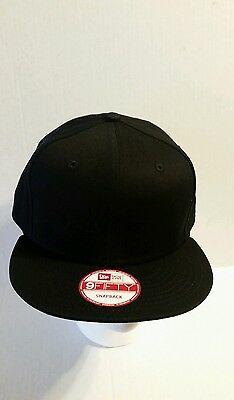 ... New Era 9Fifty Flat Snapback Hat Cap Blank   BLACK   NE 9FIFTY 2 b133ef72b9a0