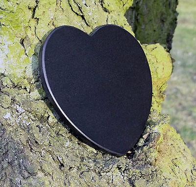 GedenksteinTier Grabschmuck Herzform Pfoten Marmor mit Wunschgravur 12,5 cm 3
