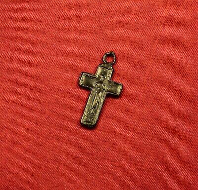 Fine Medieval Religious Crucifix Pendant, 15. Century, Nice Patina! 2