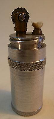 Feuerzeug Benzinfeuerzeug Taschenfeuerzeug Zigarettenanzünder Aluminium um 1920