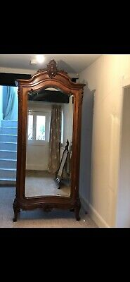 Antique French armoire / display cabinet 4