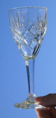 Saint Louis - Service de 6 verres à vin blanc en cristal taillé modèle Chantilly 3