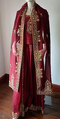 Asian Wedding Red Lengha & Dupatta     (M)  Uk 8/10  Ret £650    Bnwt 10