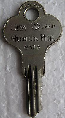 8 Old Keys - 4