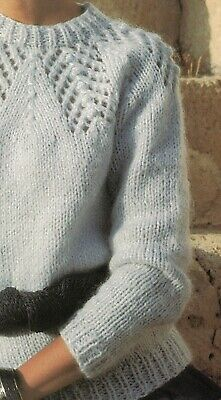 """Ladies Chunky Crew-Neck Jumper A0122 5 sizes-30-38/"""" Knitting Pattern"""