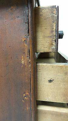 WONDEFUL ANTIQUE SALESMAN'S SAMPLE or CHILD'S MINIATURE 5- DRAWER CHEST 8