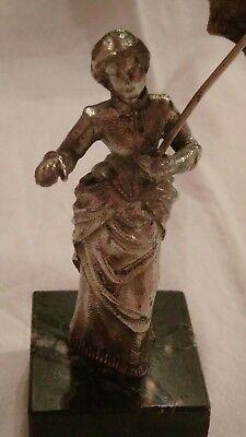 Figura De Dama Con Sombrilla En Metal Plateado Y Base Marmol, Ver, Única 6