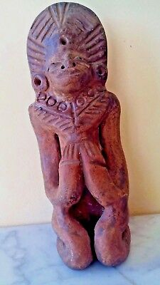 Antique Pre Columbian Mayan Pottery Statue Figurine Preying Man 3