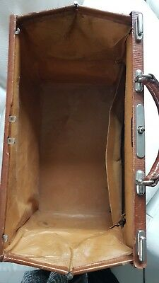 Antike alte Arzttasche aus Leder Nest Hofmann Carlsbad um 1920 orig.Schutztasche 9