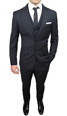 2 di 4 Abito Completo Uomo Nero Coordinato Giacca Pantaloni Cravatta Gilet  E Pochette 5dd3964ac092