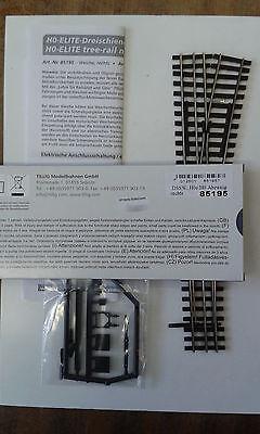 Dual gauge point STD Diverging H0/H0e (00/009) Right - Tillig 85195