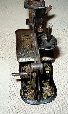 "ANTIQUE MULLER RARE TOY SEWING MACHINE  NO BASE,No.6?8929 ""5 x5"" 8"