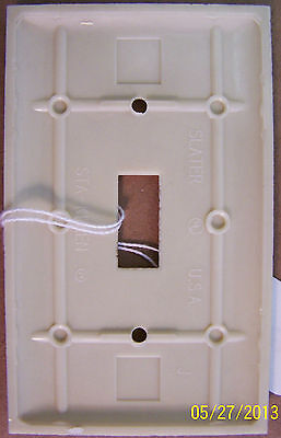SLATER STA-KLEEN Bakelite Single Switch Cover Plate, Smooth, Cream,  xlint cond 2