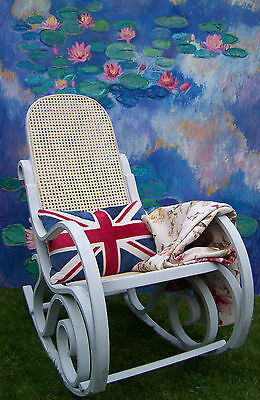 Antique French Rocking chair bergere chair nursing chair shabby chic vintage 10