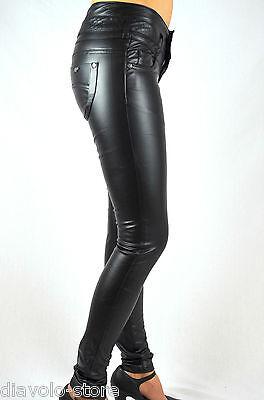 Damen Kunst-Lederhose Jeans Hose Röhrenhose schwarz rot slim fit Leder-Optik
