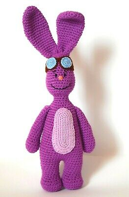 Vampirina amigurumi | Crochet hats, Crochet, Hats | 400x263