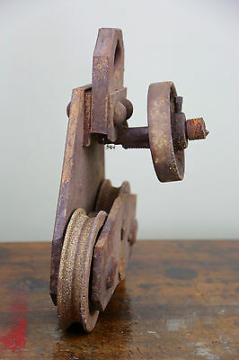 Vintage BROWN HOISTING MACHINERY CO Industrial 4000lb Barn Door Roller Cast Iron 8