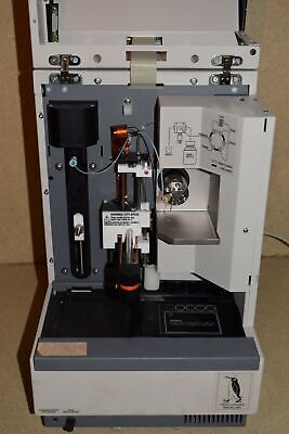 Lc Packings Model Famos # 920 Well Plate Hplc Autosampler 2