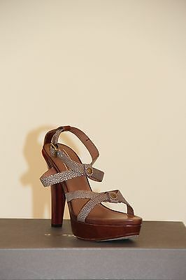 Ugg Collection  Womens Gemma sandal  Size 7.5 NIB