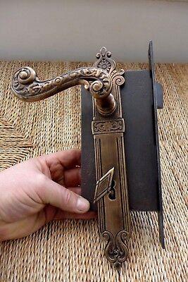 Vintage/antique beautiful door lock with key covers handles working order 27-11 8