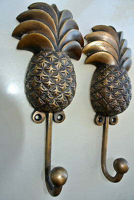 2 large PINEAPPLE COAT HOOKS solid age brass old vintage old style 19 cm hook B 7